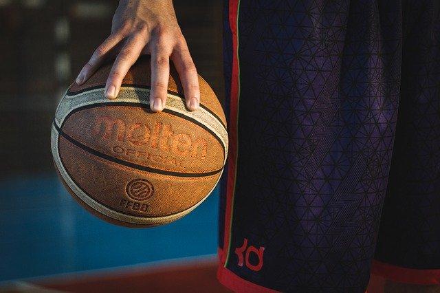 Τι προσφέρει το μπάσκετ στα παιδιά μας;